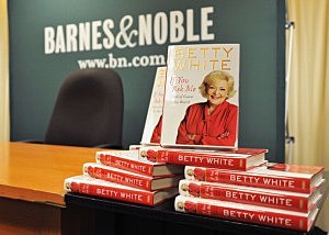 "Betty White Signs Copies Of ""If You Ask Me (And Of Course You Won't)"""