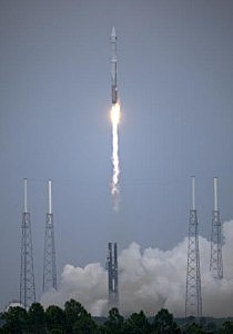 Lunar Orbiter Lifts Off At Cape Canaveral