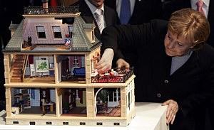 Merkel Visits CeBIT Technology Fair