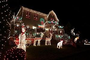 Christmas Lights Adorn Business In Brooklyn, New York