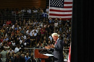 Bill Clinton Campaigns For Obama In Miami