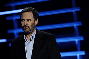 Versus To Air New Weekly Series : Sports Unfiltered With Dennis Miller