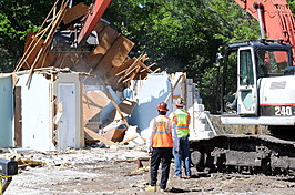 Demolition Of Florida Sinkhole House Continues
