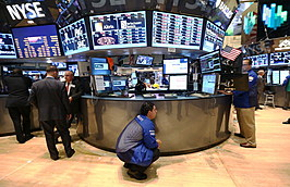 Market Takes A Plunge On China Stock Losses, Fed Worries