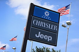 Chrysler Reverses Course, Agrees To Recall 2.7 Million Jeeps
