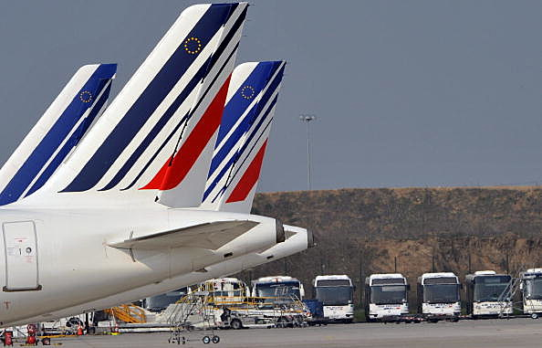 French Airports Disrupted By Volcanic Ash Cloud