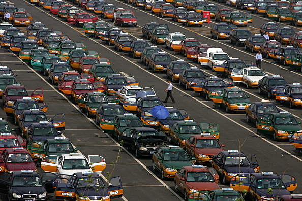 Increasing Cars Put Pressure To China's Environment And Traffic System