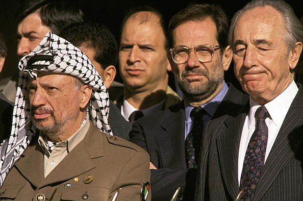 Yasser Arafat, Javier Solana and Simón Peres Meeting in Granada of Simón Peres and Yasser Arafat