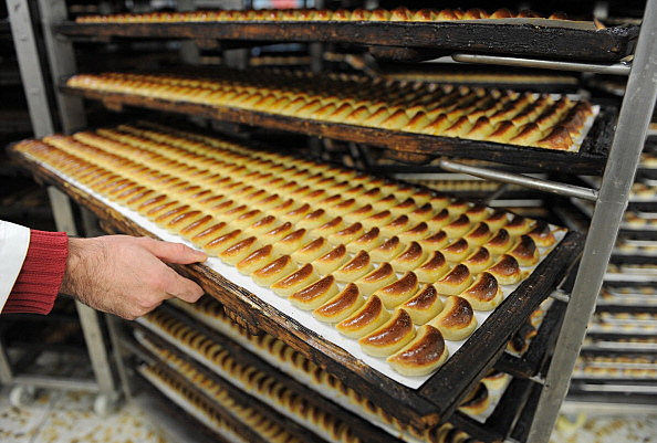 Spanish Marzipan Industry Creates Work Ahead Of Christmas