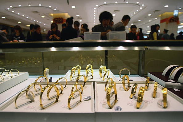 Strong Sales Of Gold Jewelry In Beijing