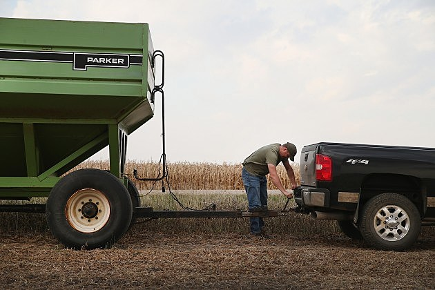 U.S. Farm Earnings Drop 14.6 Percent In Third Quarter AFter A Decline In Output