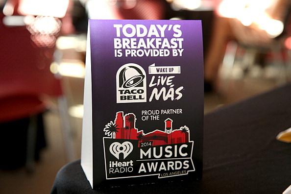 2014 iHeartRadio Music Awards - Taco Bell Breakfast